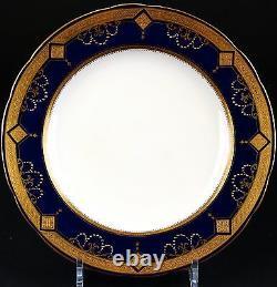 12 Minton For Tiffany Gilded Cobalt Blue Medallion Plates, gilt, encrusted