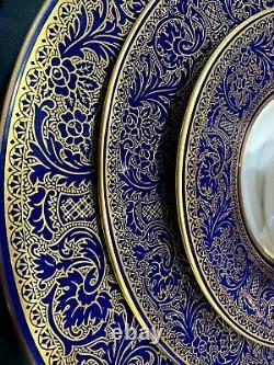 Exquisite FRANCISCAN ROYAL RENAISSANCE Fine China Gold Filigree/Cobalt Blue 5 pc