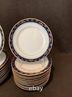 Richard Ginori Castello 59 Piece 12 Place Settings Gold Cobalt Blue Dinner Salad