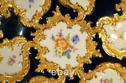 Antique Meissen Plaque Décorative En Porcelaine Fleurs Et Bleu Cobalt Whit Gold Rim