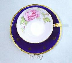 Aynsley Angleterre Corset Or Décoré Rose Rose Cobalt Blue Cup And Saucer 1022