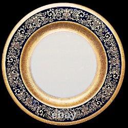Black Knight Hutschenreuther Bavaria Cobalt Blue Gold Trim 10.25 Assiette