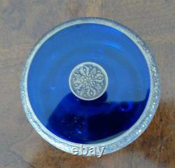 Moser Cobalt Blue Lidded Glass Withgold Warrior Scene Frieze, Début Des Années 1900 Parfait