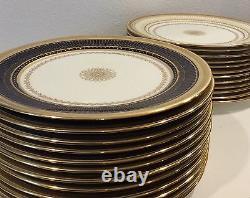 Vintage 12 Cauldon Angleterre Dinner Plates Excellentes Conditions Cobalt Or Bleu